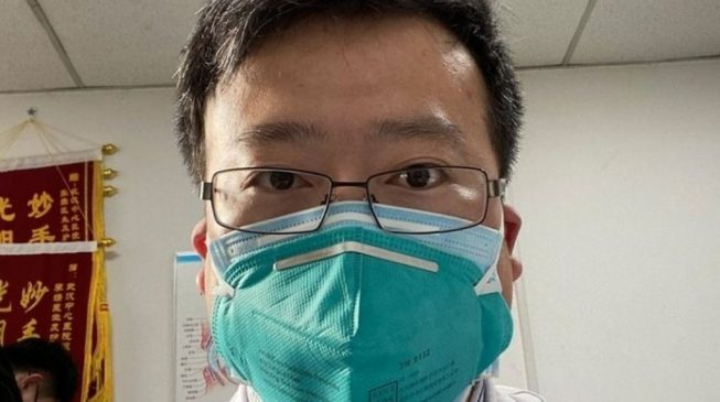 Chinese doctor who raised the alarm over coronavirus dies as death toll hits 636