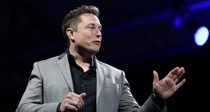 Report: Jeff Bezos, Elon Musk, Warren Buffett pay little or no income tax