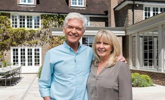 'We've faced painful time in our 27 years of marriage'– Schofield's wife reacts to his gay declaration