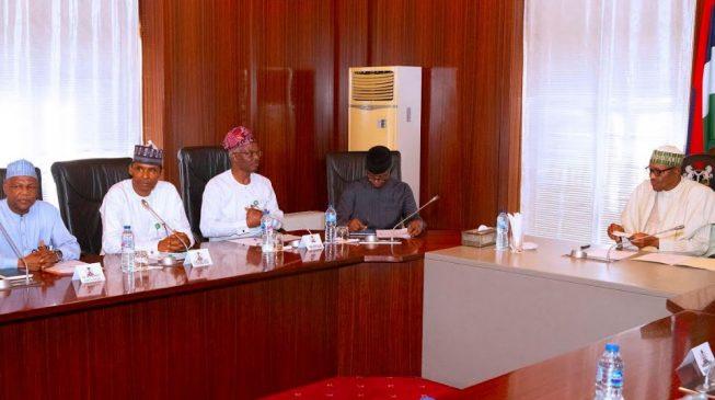Coronavirus: EAC meets with Buhari, warns of recession