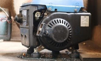 EXTRA: Senator introduces bill to ban generators, jail sellers for 10 years