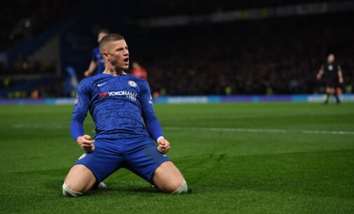 Chelsea beat Liverpool to reach FA Cup quarter-finals