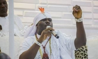 EXTRA: Bitter leaf, onions, neem tree can cure COVID-19, says ooni