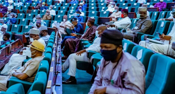 Reps to CBN: Set up policy to tackle naira devaluation