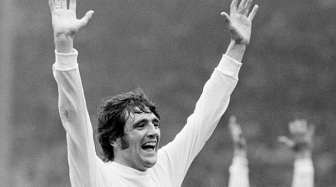 Norman Hunter, Leeds United legend, dies of COVID-19 at 76