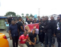 Protest in Warri as 'soldier kills' resident during lockdown