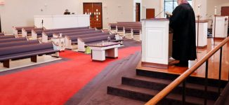 COVID-19: Over 95,000 deaths in US but Trump asks worship centres to reopen
