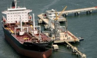 Report: 84 million barrels of Nigerian crude stranded at sea