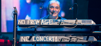 Dave Greenfield, The Stranglers' keyboardist, dies of COVID-19 at 71