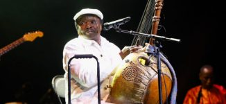 Mory Kanté, Guinea's 'Yeke Yeke' singer, dies at 70