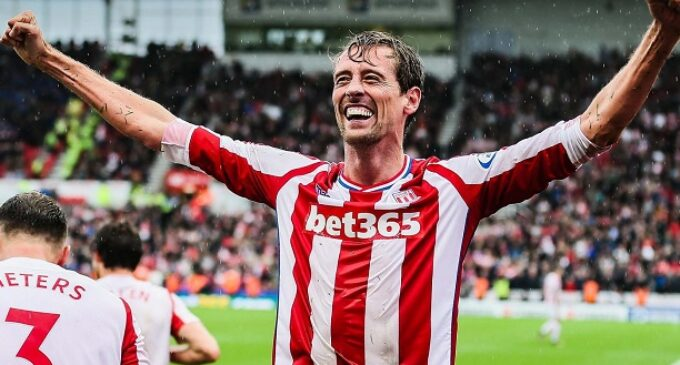EXTRA: I'm so excited to get my Nigerian passport, jokes Peter Crouch