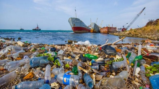DITCh Plastic launches project totackle plastic pollution in Africa