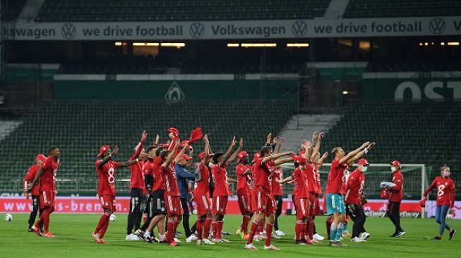 Bayern Munich clinches eighth straight Bundesliga title