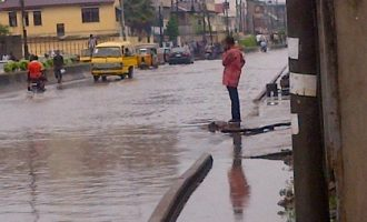 PHOTOS: Flood takes over parts of Lagos