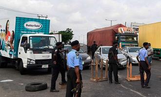 Kaduna orders removal of roadblocks at state boundaries