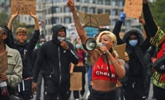 WATCH: Protesters dance to Burna Boy's 'Ye' during Black Lives Matter rallies in UK, Germany