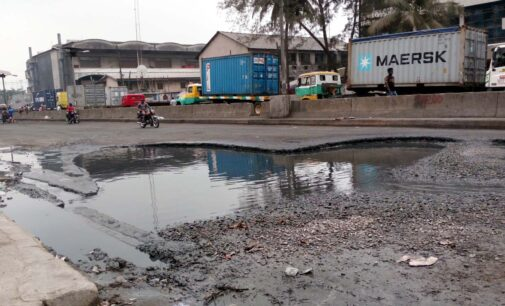 Maritime workers to begin warning strike on Dec 7 over bad roads