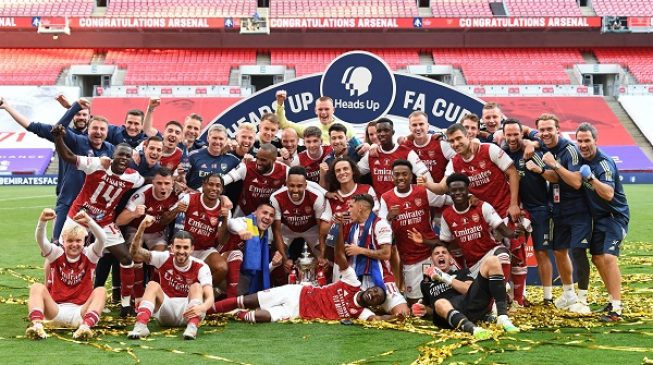 Aubameyang goals help Arsenal win FA Cup for record 14th time