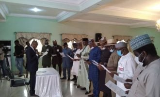 12 anti-Obaseki lawmakers take oath of office as 'plot to remove Edo gov' thickens