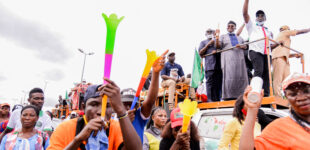 PHOTOS: Residents troop out as Obaseki celebrates on the streets of Benin