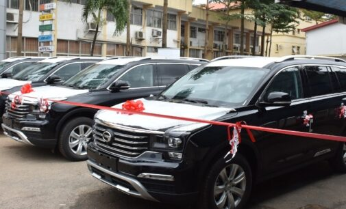 Sanwo-Olu hands over 51 cars, eight houses to Lagos judges