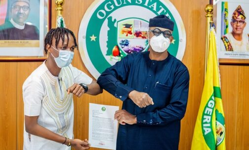 Dapo Abiodun gives Laycon N5m, appoints him youth ambassador
