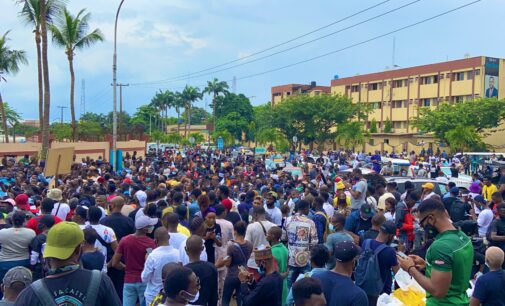 PHOTOS: Nigerians mobilise for Day 2 of #EndSARS protests