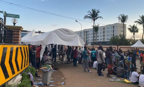PHOTOS: Despite curfew, #EndSARS protesters refuse to leave Alausa