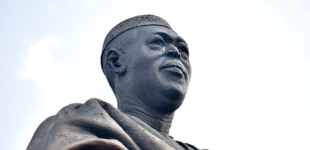 LOOTING OUR HEROES PAST: Awolowo's glasses 'stolen' from statue