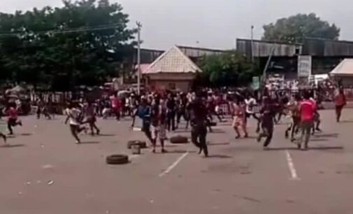 Gunshots as police disperse mob trying to loot COVID-19 palliatives in Abuja