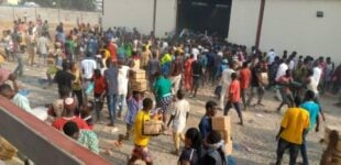 JUST IN: Mob loots 'COVID-19 palliatives' at warehouse in Abuja
