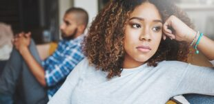 Five signs you're dating a commitment-phobe