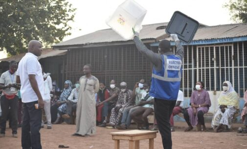 Ghana presidential poll: Officers arrested for 'tampering with ballot papers'