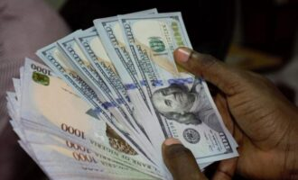 Again, CBN warns money transfer operators to stop paying diaspora remittances in naira