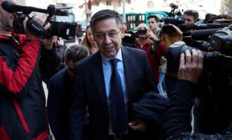 Bartomeu, ex-Barcelona president, arrested as police raid club offices