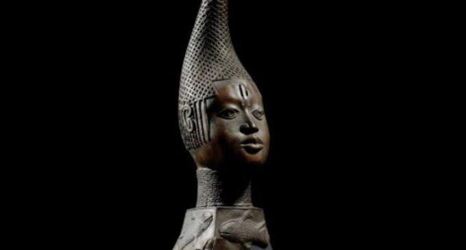 Dispute between Oba Ewuare II, Obaseki 'may delay' return of looted Benin artefacts