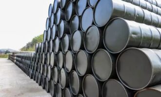 Crude oil prices surge amid China's growing energy demand