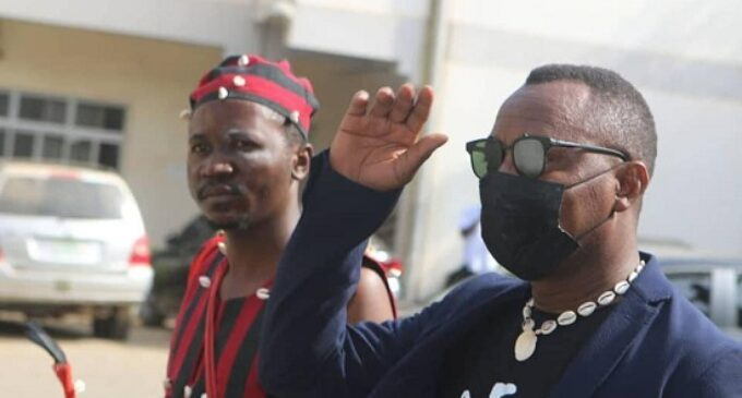 EXTRA: 'Babalawo' storms court in solidarity with Sowore