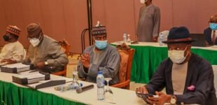 Governors meet in state house over financial autonomy