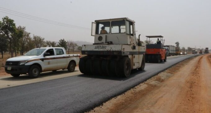 FG appeals for understanding as truck drivers protest over 'slow work' on Bida-Lambata road