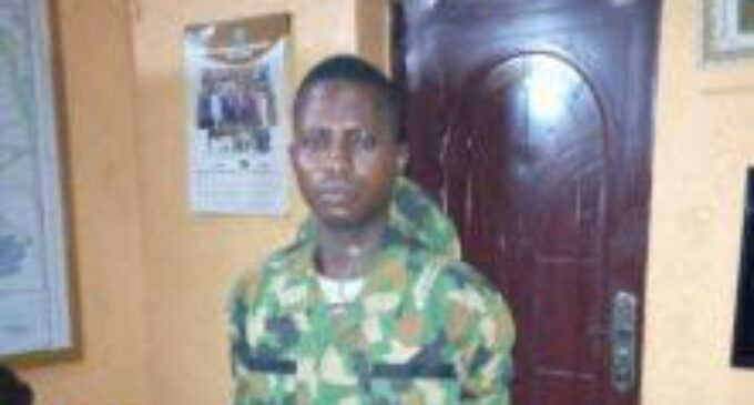 EXTRA: 'Ex-convict disguised as soldier' arrested during visit to police station in Ogun